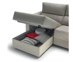 Sofá cama con chaiselongue y arcón en Muebles Madrid