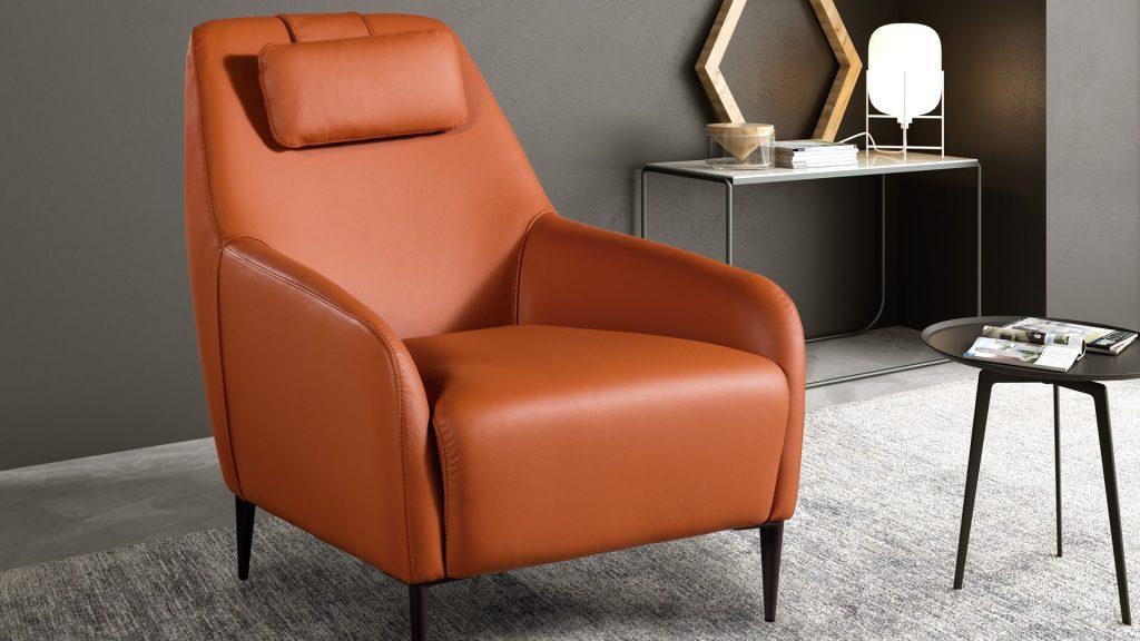 Comprar sofás y sillones tapizados con piel o polipiel en Madrid