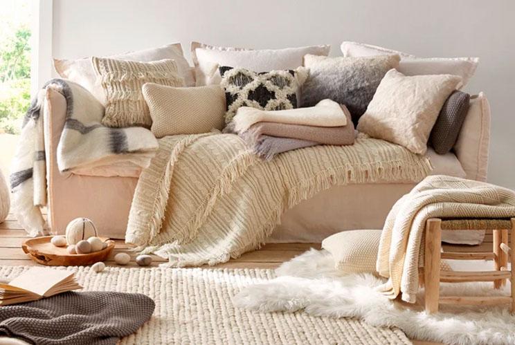 Mantas para el sofá en tu tienda de muebles de Madrid